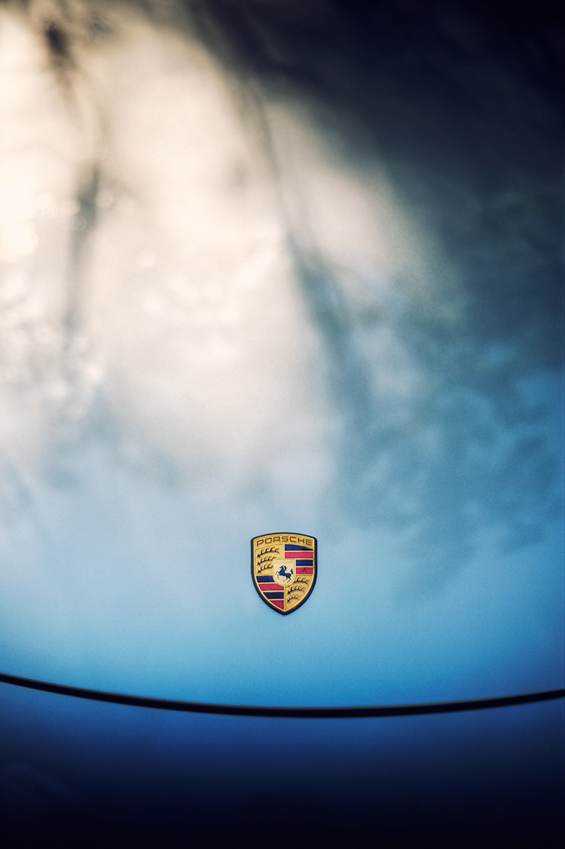 Porsche Crest Sunset Light car photo from Burbbble