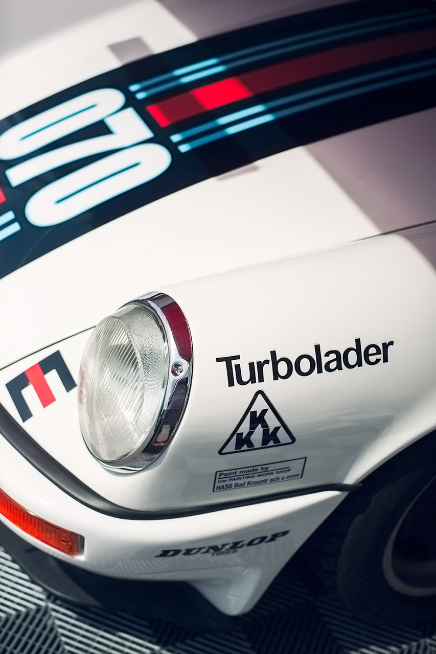 Air Cooled Porsche 911 Turbo from Accumoto dressed up in Martini livery