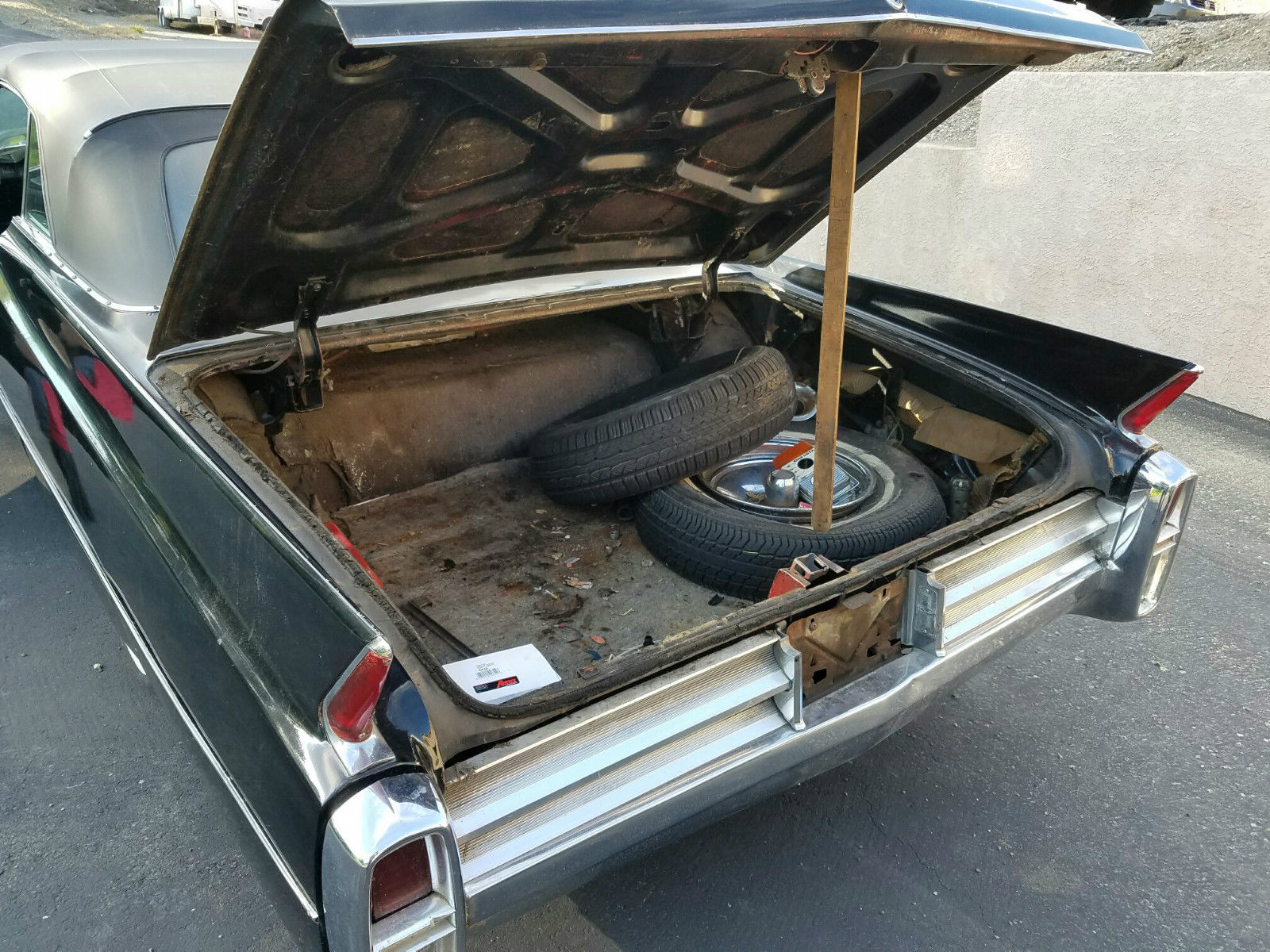 on Cadillac V8 Mid Engine 911